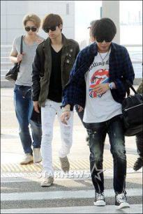 cnblue heading to hk25
