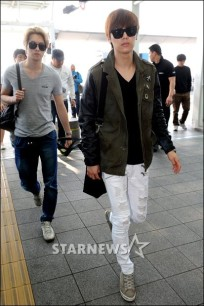 cnblue heading to hk31