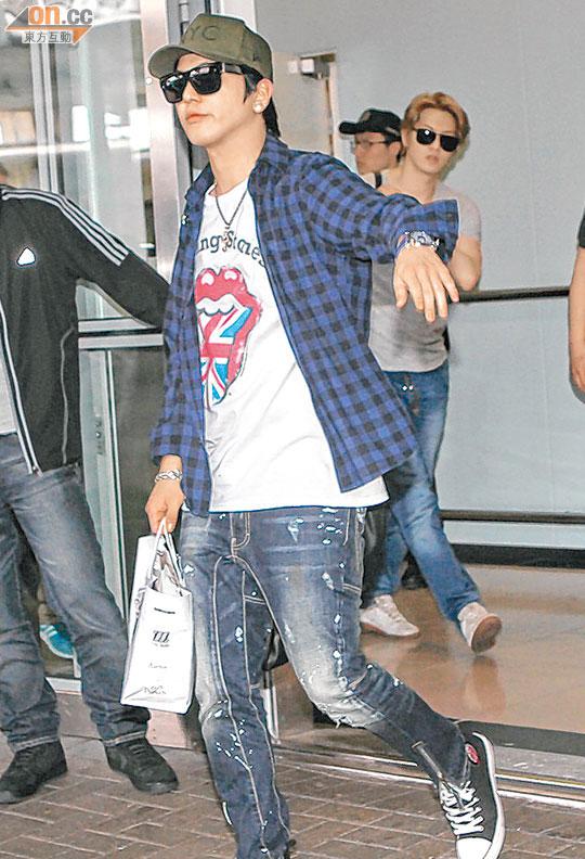cnblue hk arrival2